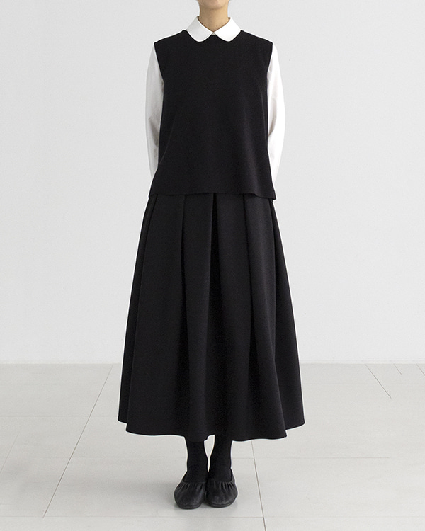 [black label] classic tuck skirt (sold out)
