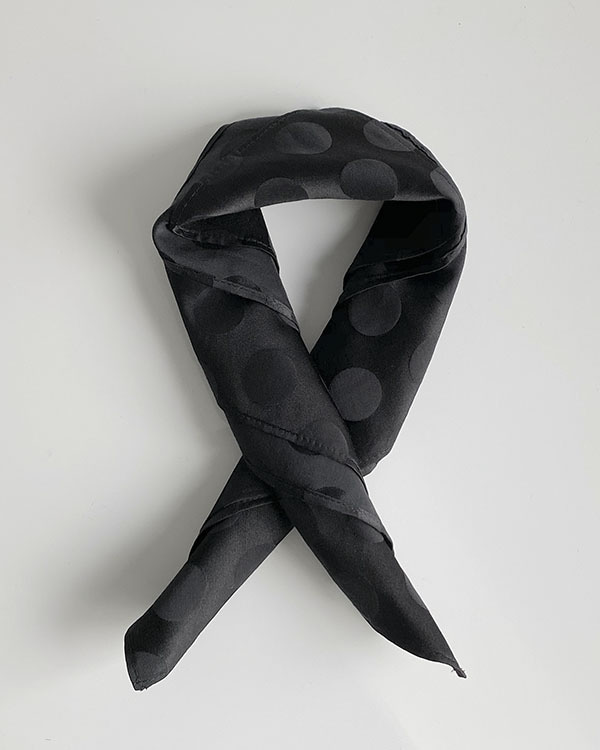 [black label] silk dot scarf(단독 주문시 선발송)