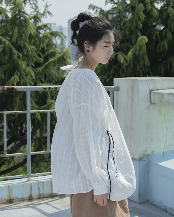 [black label] string blouse (sold out)
