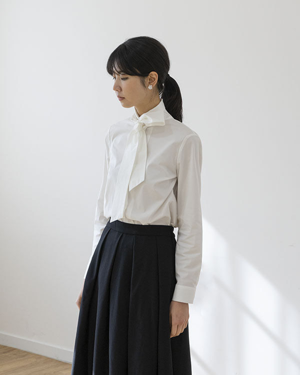 [black label] tie neck shirt (sold out)